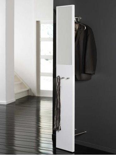 Garderobe - modern in weiß mit Spiegel